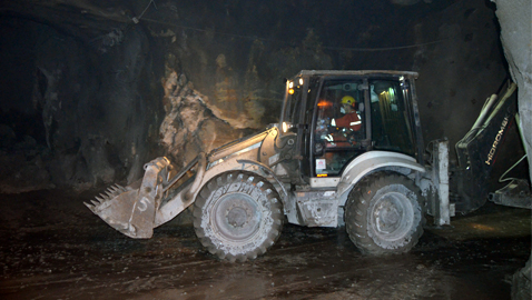 İş Makinası - HİDROMEK yeraltında da işbaşında