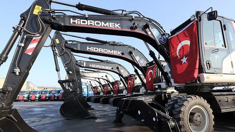 İş Makinası - İSKİ makine parkına 10 adet yeni HİDROMEK