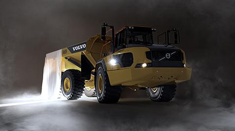 Dünyanın en büyük belden kırma kamyonu Kasım ayında Türkiye'de