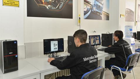 İş Makinası - Mercedes-Benz Türk mesleki eğitime desteğini sürdürüyor