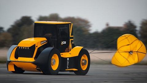İş Makinası - JCB Fastrac bir kez daha dünyanın en hızlı traktör rekorunu kırdı