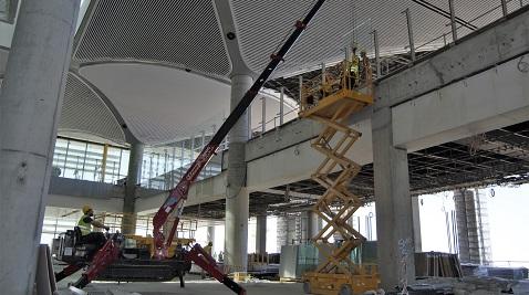 Acarlar Makine'nin örümceği üçüncü havaalanı projesinde