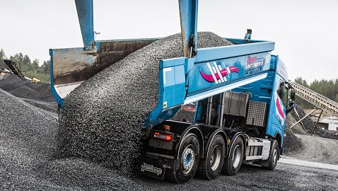 İş Makinası - Damper gövdeleri, kovalar ve konteynerler için yeni nesil Hardox aşınma plakası