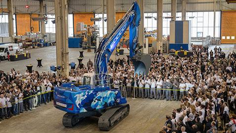 İş Makinası - Liebherr, Fransa tesisindeki 60 bininci ekskavatörünü üretti
