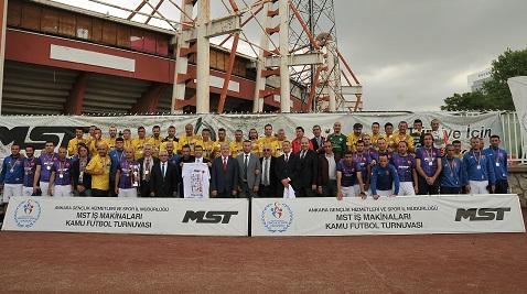 MST İş Makinaları Kamu Futbol Turnuvası'nın kazananı belli oldu