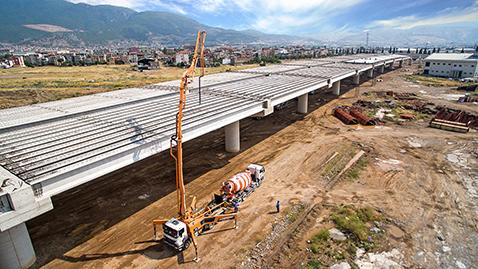 Beton yolların ömrü 50 yıla kadar çıkıyor