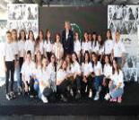 İş Makinası - Mercedes – Benz Türk, 15 yıldır kız öğrencilerin geleceğine dokunuyor Forum Makina